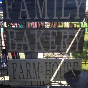 Family, Bakery & Farmhouse Rustic Signs